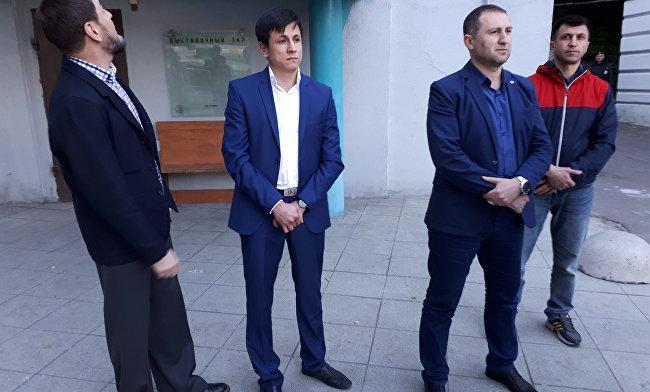 Крымскотатарские активисты. Фото: