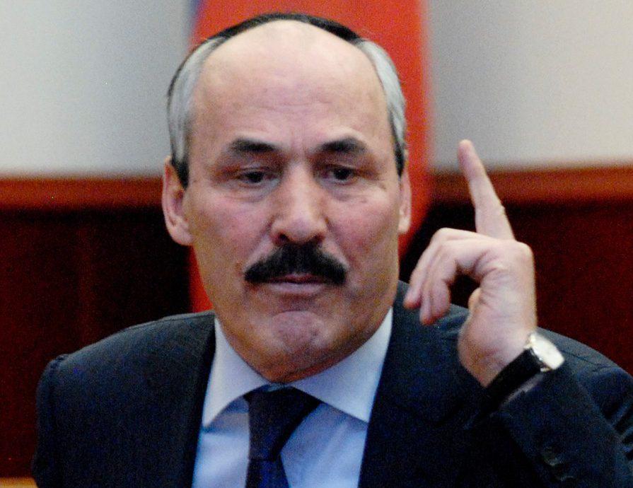 Абдулатипов отреагировал на информацию о задержании своего брата сотрудниками ФСБ