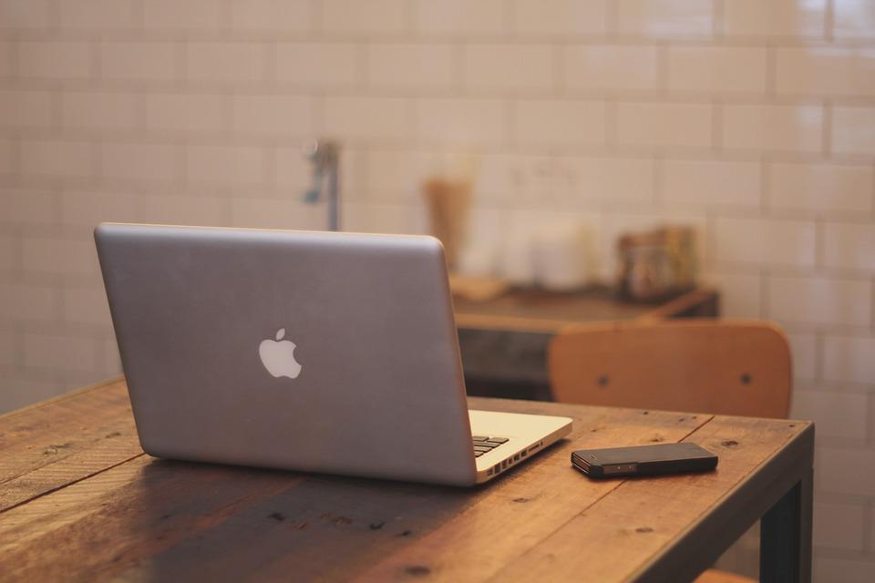 Кому доверить ремонт ноутбуков MacBook?