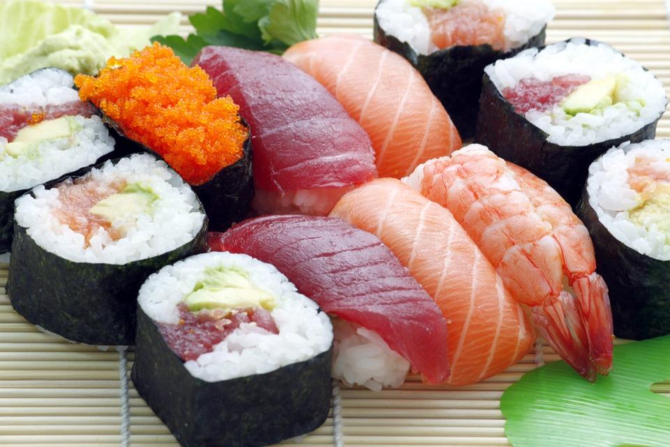 Преимущества службы доставки японских блюд