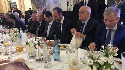 Премьер Франции оценил значимость ифтара