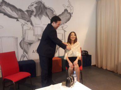 «Они – не проститутки». Эпатажная казахская певица защитила своих коллег по сцене
