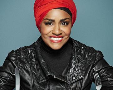 Знаменитая мусульманка ответила на требования снять хиджаб