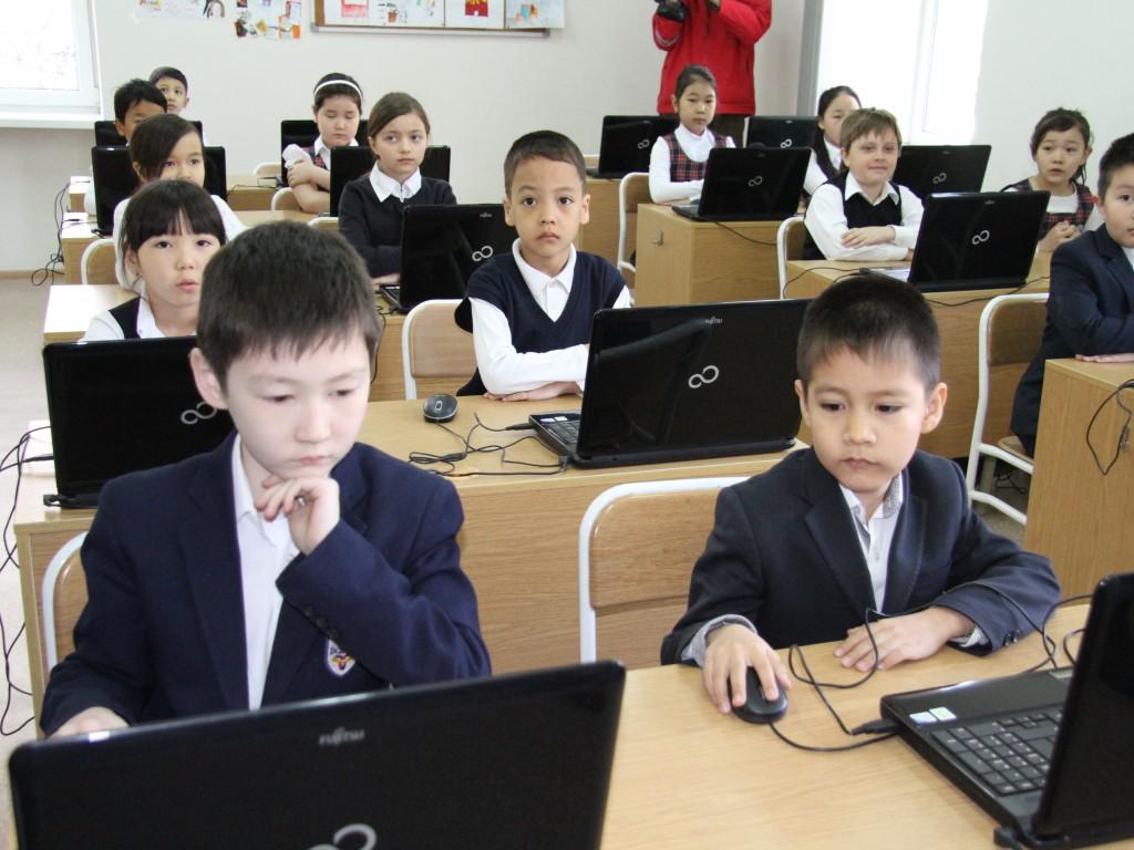 Узбекские школьники