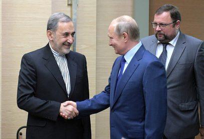 Путин провел переговоры с советником аятоллы Хаменеи