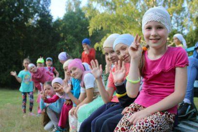 В сотнях мечетей России проводятся детские лагеря (ВИДЕО)