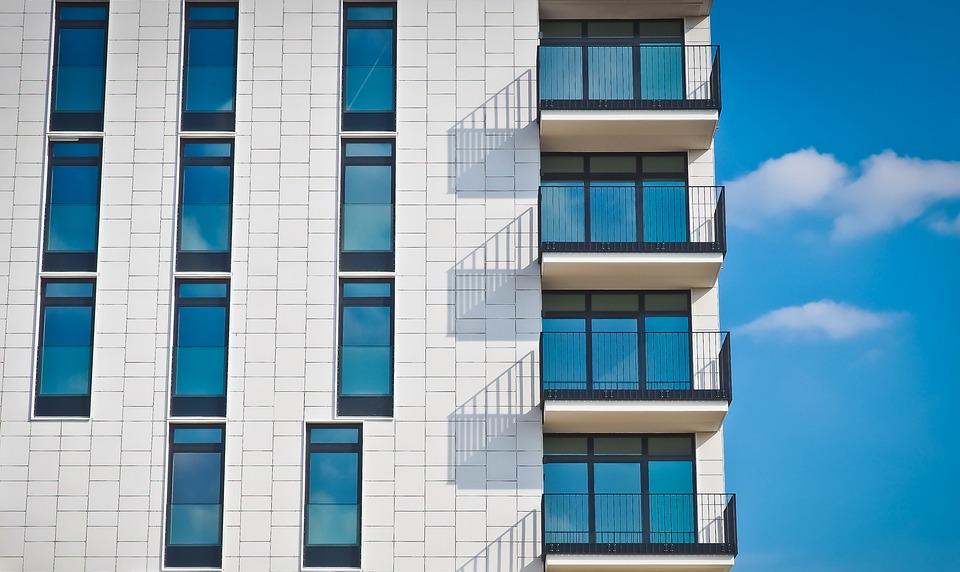 Переезд в Сочи: какие квартиры можно купить в курортном городе?