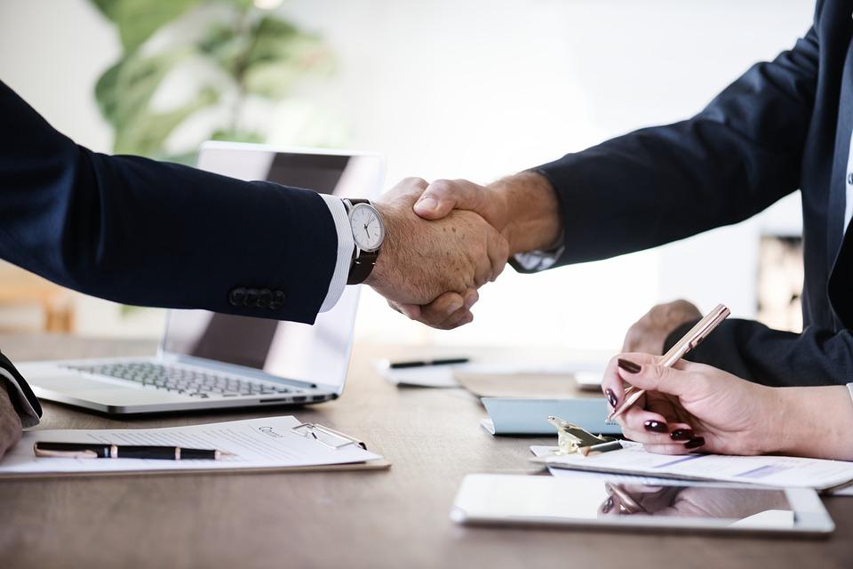 «Бизнес Маркет» поможет купить подходящий бизнес и франшизу