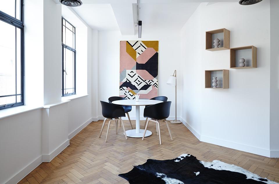 Почему при ремонте квартиры следует уделить внимание потолкам?