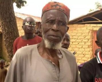 83-летний Абдулла спас 300 христиан – чего он удостоился за это?