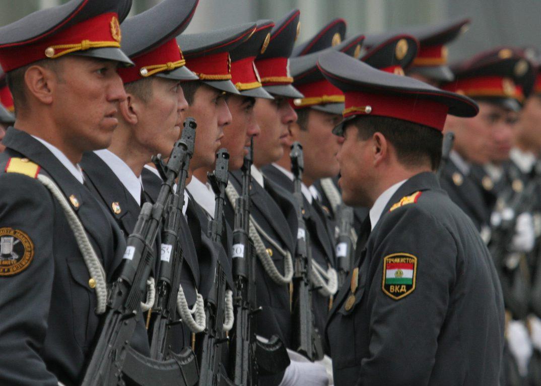 """МВД Таджикистана отняло у ИГИЛ """"лавры"""" за убийство туристов и обвинило исламскую оппозицию"""