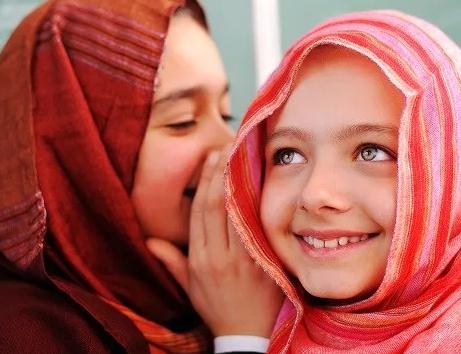Дети-мусульмане получили извинения от мэра