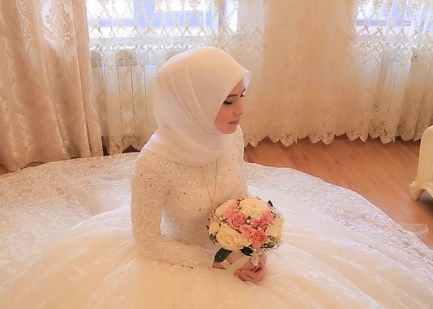 Чеченский министр призвал мужчин честно и открыто брать вторых жен (ВИДЕО)