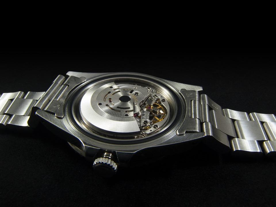 Грамотный ремонт эксклюзивных наручных часов
