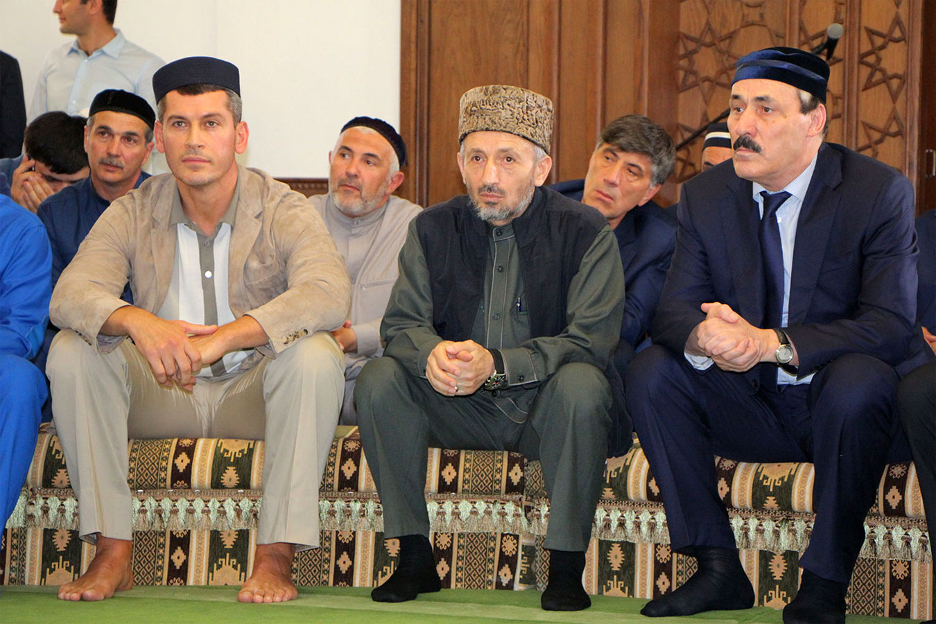 2015 г. З.Магомедов, муфтий А.Абдулаев, глава РД Р.Абдулатипов на открытии мечети в Махачкале. Фото: ИсламДаг