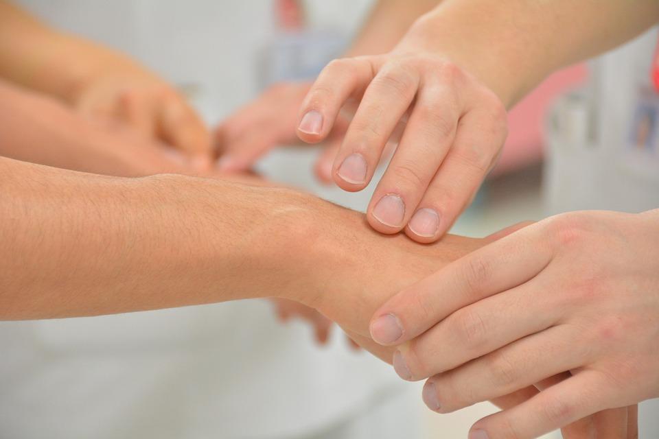 Лечение кожи при псориазе и герпесе, какие лекарства нужны, антибиотики для профилактики