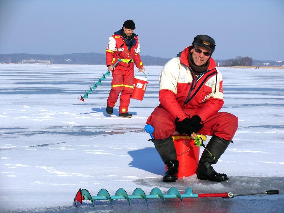 Что потребуется для комфортной зимней рыбалки?
