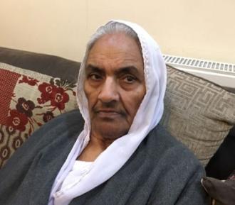 1500 человек пришли проститься с мусульманской бабушкой, зарезанной в собственном доме