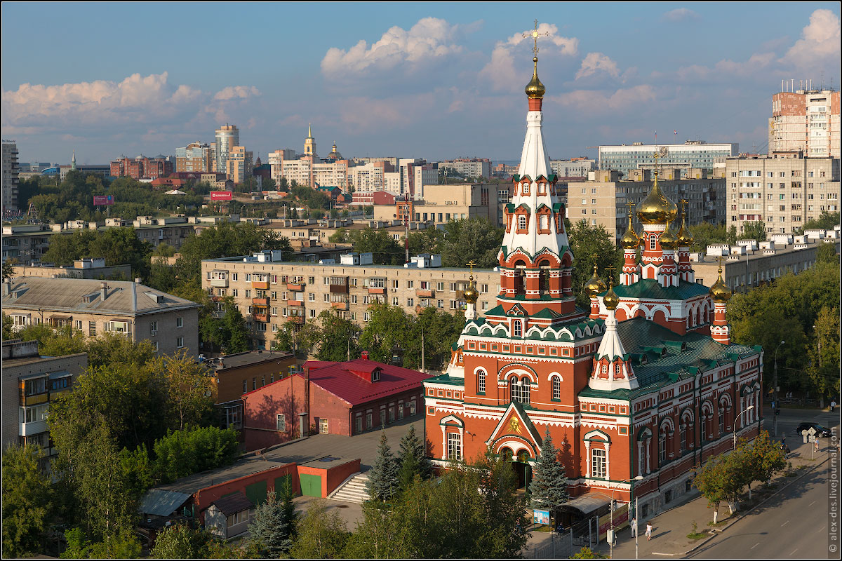 Один из храмов РПЦ в центре Перми