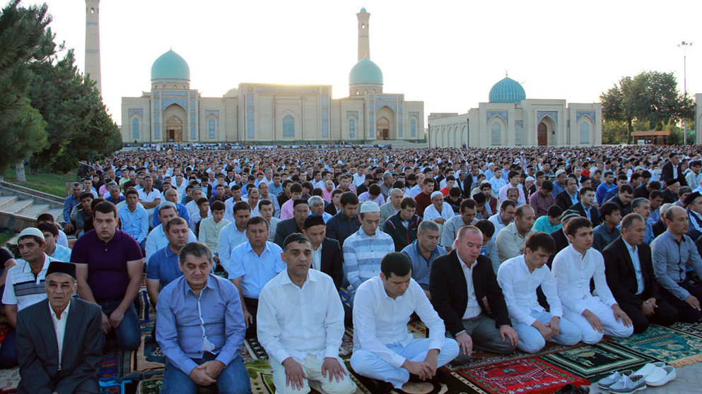 Праздничная молитва в Ташкенте