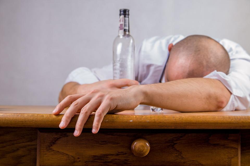 Важное место вывода из запоя при правильном лечении алкоголизма