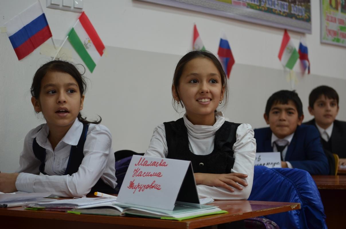 В Таджикистане будет вестись преподавание на русском языке