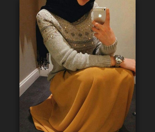 Мусульманка судится с силовиками за отобранный айфон