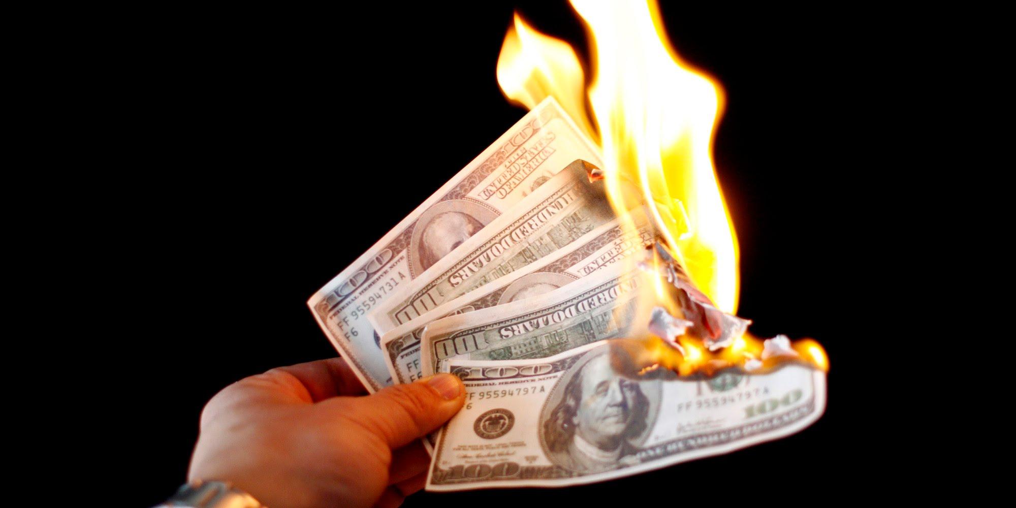 Названа первая мусульманская держава, которая откажется от доллара в расчетах с Россией