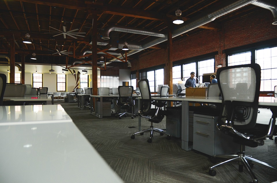 Компьютерное кресло – лучший вариант для комфортной работы в офисе