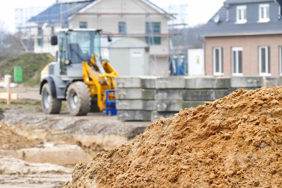 Как нужно выбирать строительные компании для заказа их услуг?