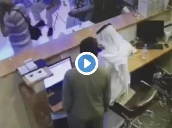 Саудовский клерк быстрее врачей спас жизнь турецкому паломнику (ВИДЕО)