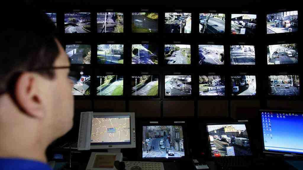 Китай обвинили в тотальной слежке за уехавшими гражданами-мусульманами