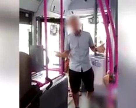 Пассажиры автобуса приструнили водителя, приставшего к мусульманке с младенцем