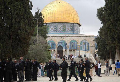 Еврейские фанатики снова ворвались на территорию Аль-Аксы