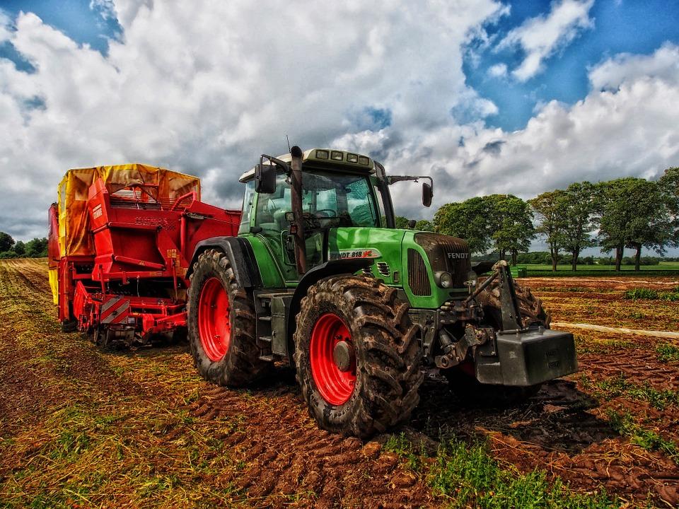 Нюансы подбора подходящего типа трактора для его приобретения