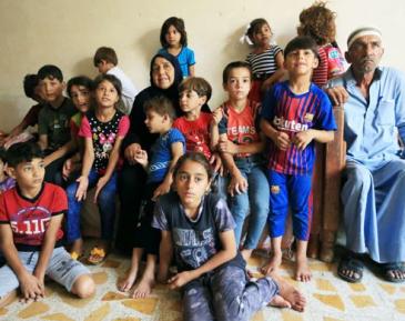Мусульманская бабушка-героиня заменила мать 22 внукам