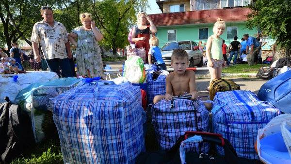 Люди, прибывшие на Украину из Крыма