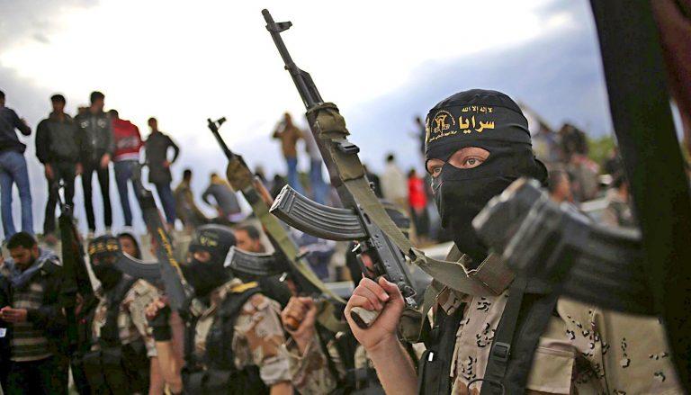Боевики в Сирии воюют друг с другом