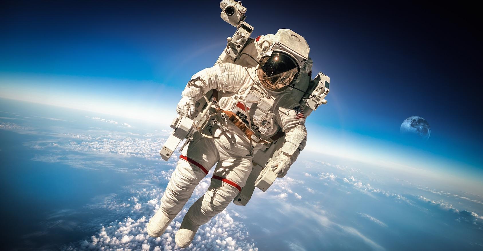 Космонавт ОАЭ отправится в полет 5 апреля