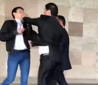 Представитель официального Душанбе побил в Варшаве оппозиционера (ВИДЕО)