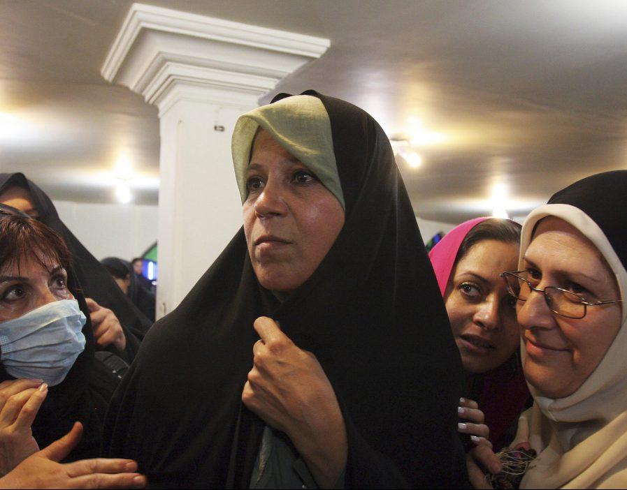 Дочь иранского лидера: Исламская республика разрушает ислам (ВИДЕО)