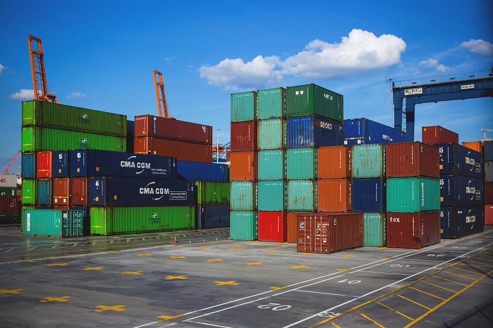 Перевозка грузов с помощью контейнеров