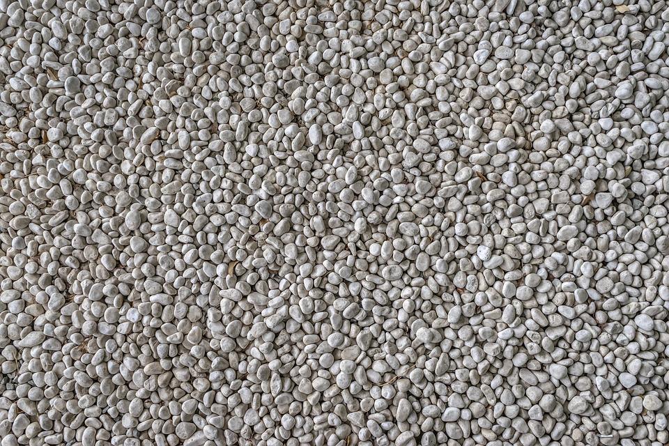 Что следует знать про такие материалы как щебень и гравий?