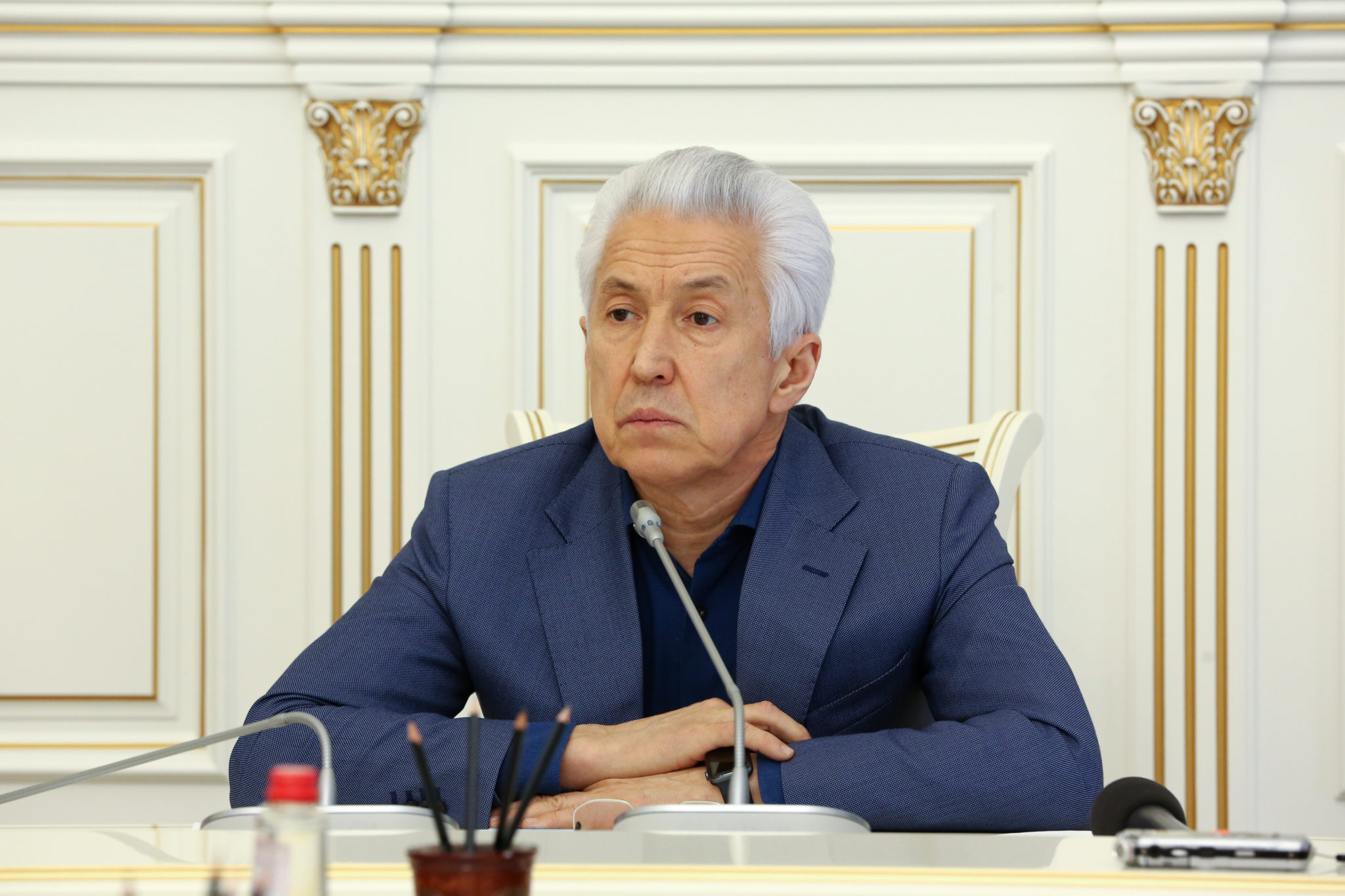 Дагестанцы должны больше платить налогов, считает Васильев