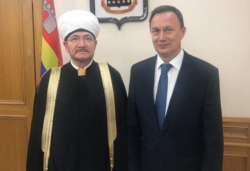 Муфтий Гайнутдин обсудил с властями Калининграда судьбу приговоренной к сносу мечети