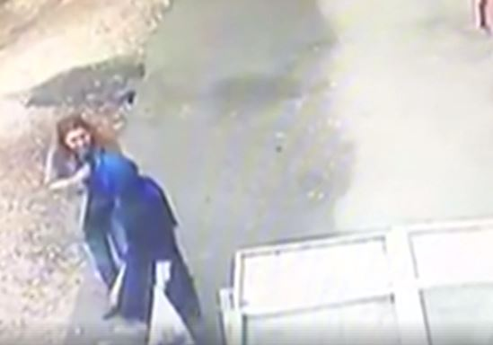 В Турции земля поглотила двух женщин (ВИДЕО)