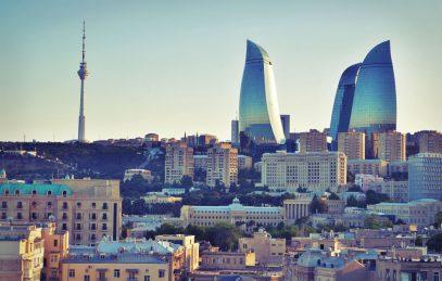 Азербайджан объявил персонами нон грата депутата Госдумы и писателя из России