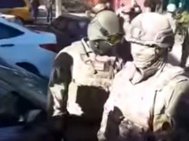"""Вооруженные """"зеленые человечки"""" совершили облавы в мечетях Подмосковья"""