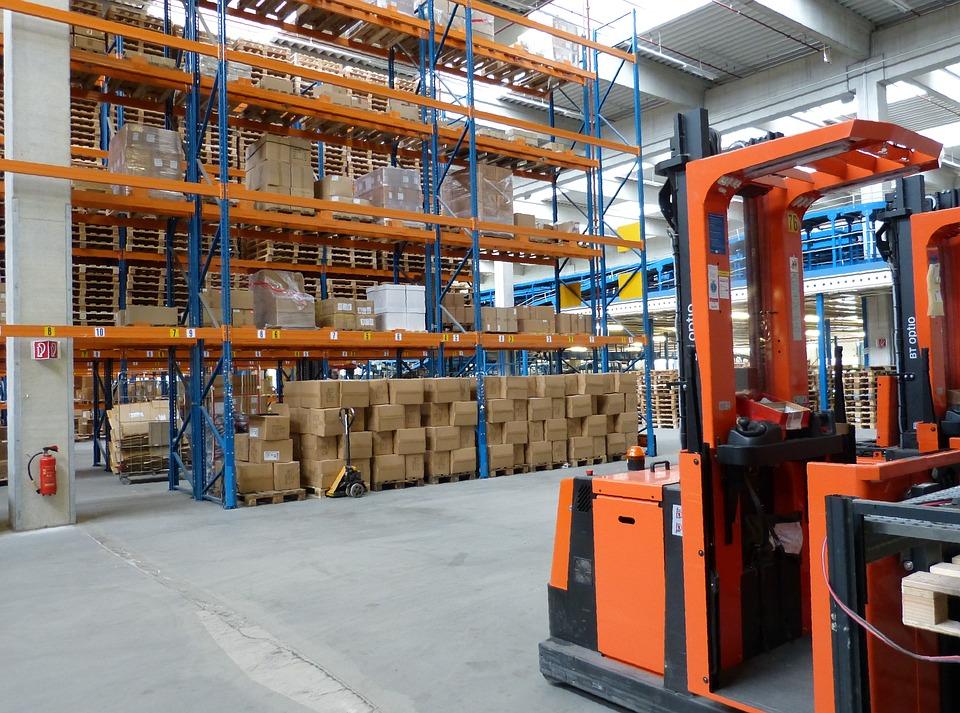 Достоинства вилочных погрузчиков для работы на складах и не только
