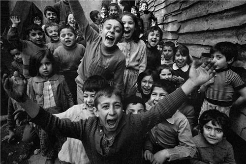 Скончался легендарный фотограф Ара Гюлер